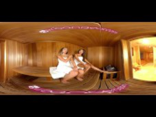 VR PORN - Jaye Summers Steaming the Sauna with exotic asian Ayumi Anime's hot body